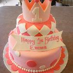 B3: Pink and White Birthday Cake with Crown